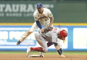 Cincinnati Reds at Milwaukee Brewers Preview and Pick