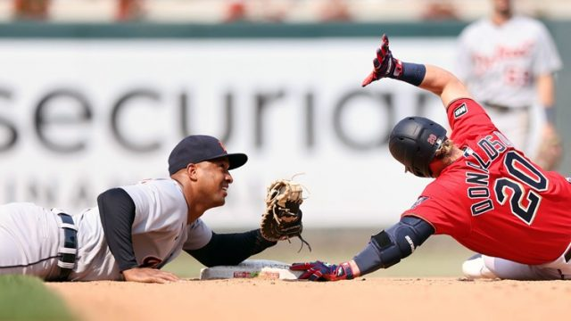 Minnesota Twins and Detroit Tigers try to gain ground
